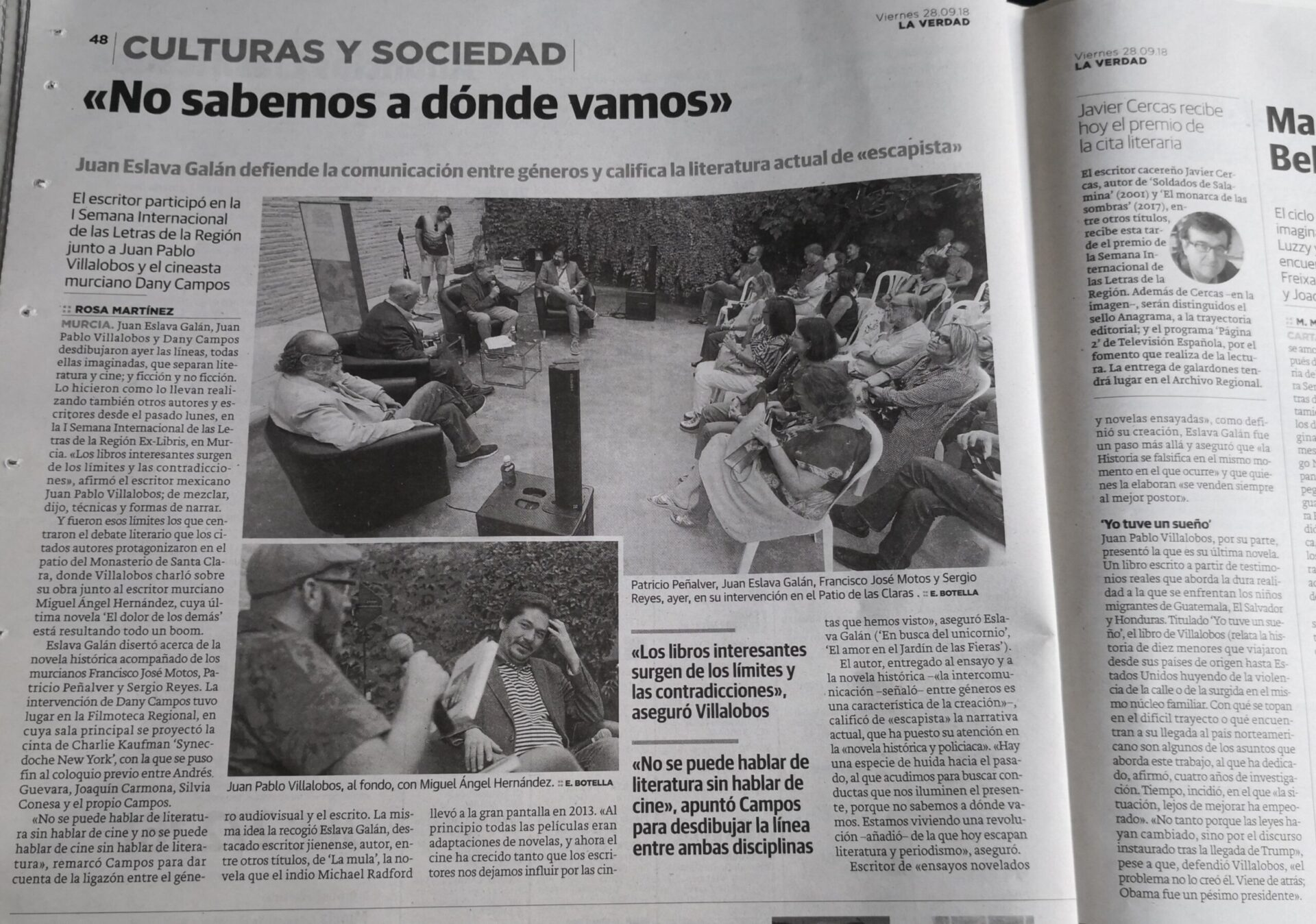 Noticia sobre la participación de varios autores como Juan Eslava Galán y Sergio Reyes Puerta en una tertulia literaria (Dossier de prensa 2018)